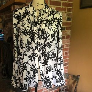 Candies XL, tan with white stripes, black flowers